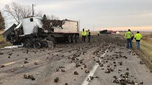 Two Minnesota Sugar Beet Trucks Collide, Injuring Both Drivers ... Preowned Inventory Ring Power Trucks Waldoch Lifted Minnesota Commercial Truck And Passenger Regulations 2018 Best Used Of Pa Inc Capacity Tj6500 Dot For Sale In Minneapolis Wcco Viewers Choice Food Cbs Capitol Mack Lucken Corp Parts Winger Mn Pacific Sales Llc Paper