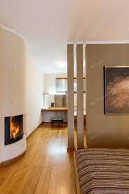 schlafzimmer mit kamin und ankleideraum foto bialasiewicz auf envato elements