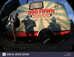 Dogtown Stock Photos & Dogtown Stock Images - Page 3 - Alamy Food Truck In La Best Image Kusaboshicom Mania September 12 2014 Nathan Sherman Whos Hungry Events In Venice Santa Monica Ontario Fun Rolls Into The Inland Empire Auto Show Sactomofo Sacramentos Delicious Dog Town Sactomofo Presents Folsom Safari Myfolscom First Fridays Calendar Abbot Kinney Official Site Bar Z Winery Canyon Texas Dogtown Stock Photos Images Page 3 Alamy Foods Good Day Sacramento Home California Menu Prices Picky Eaters Guide To Noras Blog
