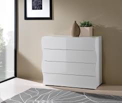 commode chambre adulte design commode design 4 tiroirs laquée blanche onida commode chambre à