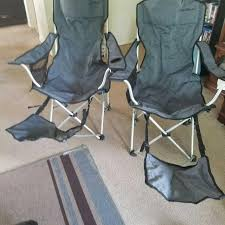 Set of Ed Bauer aluminum lounge chairs with footrest