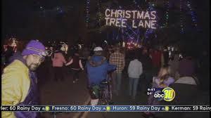 Christmas Tree Lane Fresno by Fresno Old Fig Garden News Abc30 Com