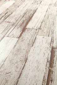 Groutless Porcelain Floor Tile by Best 25 Wood Grain Tile Ideas On Pinterest Wood Tiles Tile