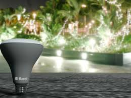 ilumi led smart bulbs review the brains are in the bulb techhive