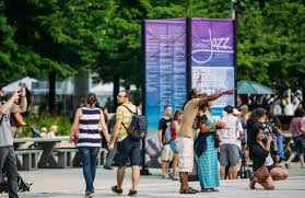 Jazzin At The Shedd Parking by Swing Into The Last Days Of Summer At Chicago Jazz Fest 2017