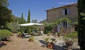 Olive Grove Land House With Garden On Sale Arezzo Tuscany Siena Vendita Casale Giardino