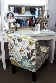Diy Vanity Desk With Lights by Table Gorgeous Pinterest Charlottegrac3 Makeup Vanities