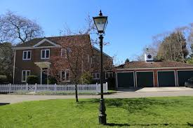 100 The Lawns Ascot 4 Bed Detached House SL5 To Rent Now