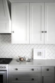 fliesenspiegel küche praktische und moderne küchenrückwände