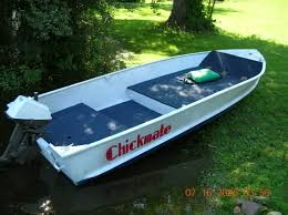 Installing Carpet In A Boat by Able To Put A Deck Floor In A 14 U0027 V Hull Bass Boats Canoes