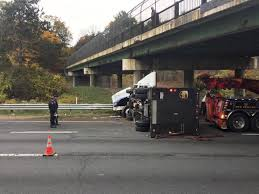 Truck Rollover On I-495 Closes Two Lanes Of Traffic | News ...