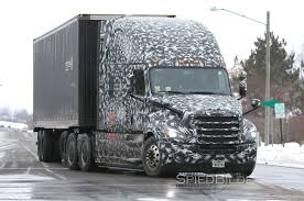 SPIED: New Freightliner Cascadia Gets SuperTruck-Like Improvements ... Freightliner Trucks Hartwigs Heavy Haul Truck Vocational Daimler Shows Off Two New Electric For The Us Begins Production On New Cascadia Fleet Owner Inventory Northwest 2019 Mrxtmid Roof At Premier Econicsd Waste Collection Unveiled Wasteexpo Driving News And Reviews Top Speed Pushes Innovation With Demand Detroit Freightliner Scadia For Sale 1439