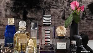 Perfume Displays Nicole Palousx