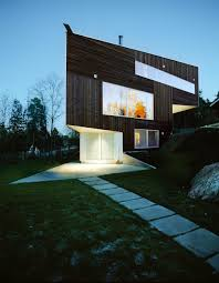 100 3 Level House Designs Triangular With Entry Under Pointed Corner