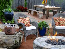 Backyard Patio Decorating Ideas by 66 Fire Pit And Outdoor Fireplace Ideas Diy Network Blog Made