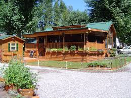 Park Model Homes and Creekside Cabins – Express from the factory