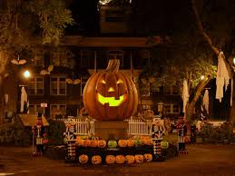 Cast Of Disneys Halloweentown by Get Excited For Epic U0027halloweentown U0027 Celebration With Your