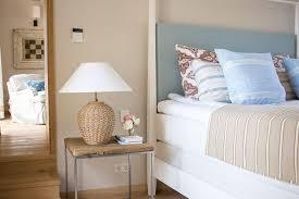eine mallorquinische villa in blau und weiß deco home