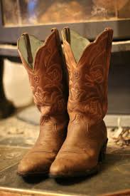 Best 25+ Cowboy Boot Outfits Ideas On Pinterest | Country Style ... These Artisans Deserve A Tip Of The Hat Las Vegas Reviewjournal Strawberry Farms Wedding Part One Brandon And Katie The Worlds Best Photos Bootbarn Flickr Hive Mind Cowboy Boots Western Wear Shop Now At Allens Two Frye Boot Barn Country Bars In Orange County Cbs Los Angeles Big Red Has Range Golf Themed Oc Fair Ctennial Farm