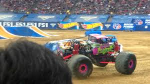 Wild Flower And Ice Cream Man Racing Monster Jam Houston 2 12 2017
