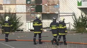 leroy merlin a chelles incendie dans l ancien bâtiment de leroy merlin douai 9 aout