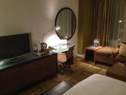 le petit bureau la tv et le petit bureau picture of al salam rotana hotel