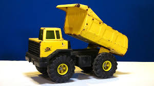 RC ADVENTURES - Radio Controlled Tonka Dump Truck   FpvRacer.lt Visit To Fords Headquarters From The Model A A Tonka Truck Cstruction Trucks For Kids Toys At Job Site Trex 11 Scale Reallife Big Boys Toy Diesel Army Ford Built Real Life Dump Based On 2016 F750 W Brings Popular Huge Dynacraft 3d Ride On Family Warning Parents After Truck Fire Abc11com Amazoncom Toughest Mighty Games Garbage Videos For Children L Time To Pick Up The Trash First Drive Photo Gallery Autoblog