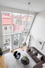 wohnzimmer mit einem fünf meter hohen decke wohnideen