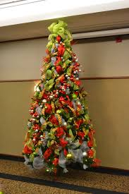 Interior Amazing Creative Christmas Decor Showing Floating Tree With Green Red And White Ribbon