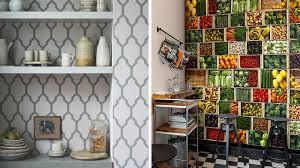 tapisserie pour cuisine quel papier peint choisir dans la cuisine