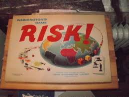 RISK BOARD GAME OLD