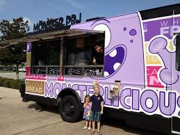 Craziest Food Trucks On The Road - Houston Chronicle Another Houston Food Truck Armed Robbery Skratch Tx Trucks Pinterest Fast Convient Chinese On The Go Brianna A Collier Reigns Ohmygogi Chili Bobs Eats Monster Pbj Haute Wheels 2014 Festival The Houstons Top 10 Inaugural Sam Race Park Urban Swank Reviews Dlish Curbside Bistro Truffle Garlic Smoosh Cookies Roaming Hunger How Stacks Up To Most Food Truckfriendly Spots In