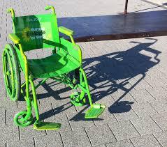 chaise roulante en anglais dix minutes sur un fauteuil roulant pour comprendre l
