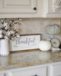 This Week The Ladies Hosting OurGratefulHome Want To See Our Fallkitchen Decor I Backsplash Kitchen White CabinetsDiy
