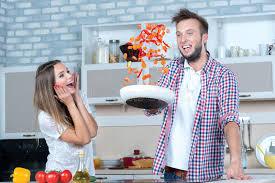 couples amour cuisine grand amusement sur la cuisine le dans l amour fait cuire