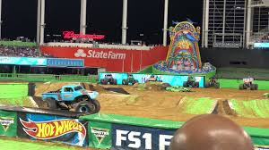 100 Monster Truck Show Miami Jam 2018 Whiplash Freestyle YouTube