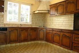 repeindre meuble de cuisine en bois meuble cuisine en chene repeindre meuble cuisine chene