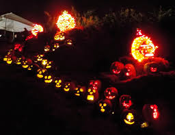 Borough Of Emmaus Halloween Parade by Walk The Pumpkin Walk In Erie County Entertainment U0026 Life