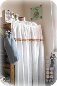 rideau de cuisine en petit rideau cuisine style cagne décoration cuisine bistrot