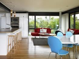 wohnzimmer und küche in einem raum kombiniert klug und
