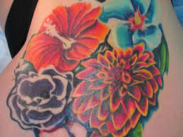 30 Artistic Hawaiian Flower Tattoos