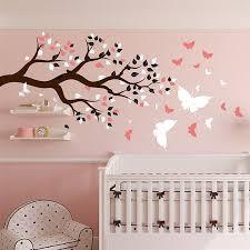 stickers chambre enfants stickers chambre bébé arbre et papillons pour du bonheur