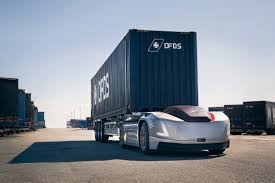 100 Self Moving Trucks Volvo Cabinless Selfdriving Hauler Takes On Its