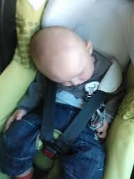 cale tete bebe pour siege auto le créatis fix de bébé confort graine de crapule