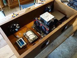 bureau boitier pc pourquoi utiliser du contreplaqué quand on peut faire un bureau en