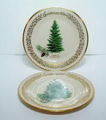 LENOX CHRISTMAS TREE 1976 DOUGLAS FIR AND 1977 SCOTCH PINE LTD ISSUE PLATES
