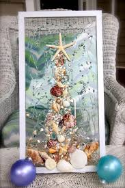 Chic Beach Houses Decorating Ideas For The Holidays Christmas House Decorations