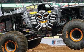 100 Monster Trucks El Paso Scott Douglass MJWF XVIII Racing Odds Jam