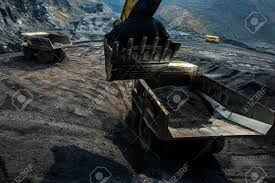 100 Big Truck Games An Excavator Loading With Coal In Open Pit Stock Photo