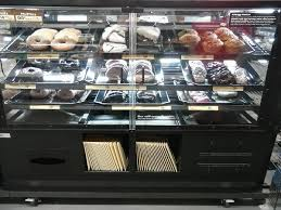 Large Bakery Displays And Fixtures For Sale